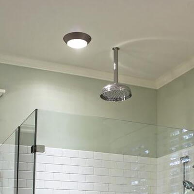 3 amenajare baie 3 mp - corpuri de iluminat baia 4