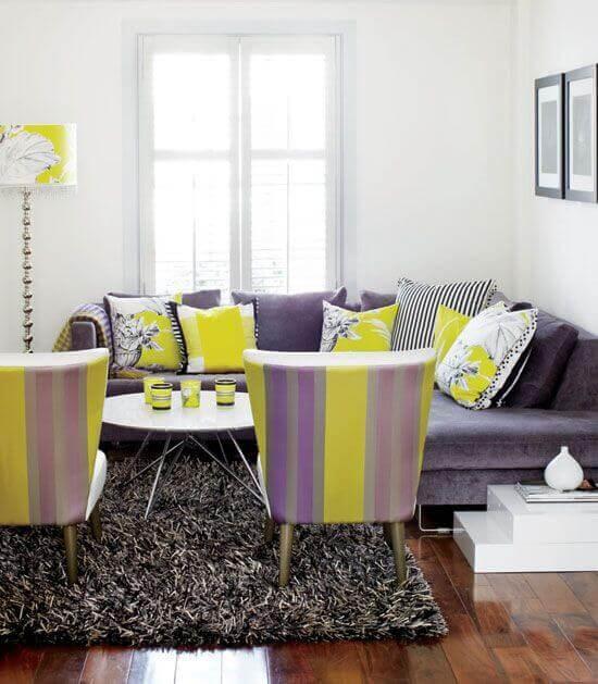 culoare living galben violet albastru4