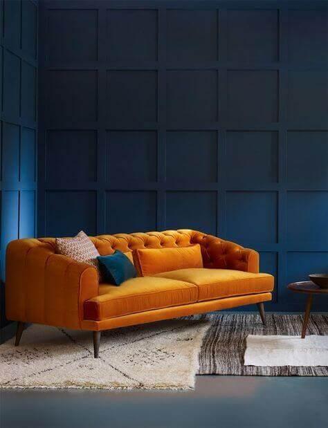 culoare living portocaliu si albastru