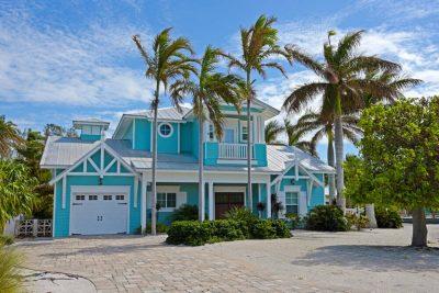 culori casa exterior combinatii alb si albastru 3