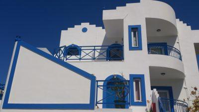 culori casa exterior combinatii alb si albastru 6